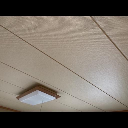 和室の天井にクロス♡